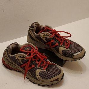 New Balance 749 women's shoes size 8 B